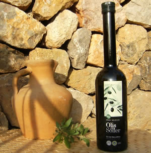 Varietal Olive Oil from Picual Olive type